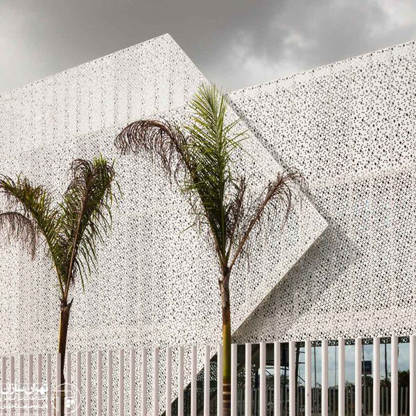 Edificio-Panama-Diamond-Exchange-Building-by-Mallol-and-Mallol-Yellowtrace-60