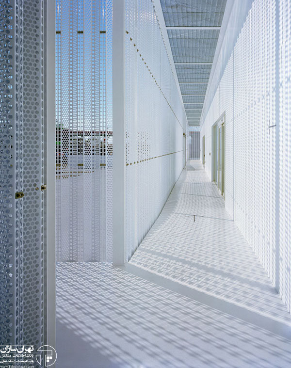 JIN-CO-LTD-Office-Building-by-Aoki-Jun-Yellowtrace-33